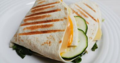 topli tortilja sendviči
