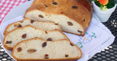 Velikonočni češki kruh