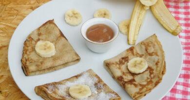 Bananine palačinke z marmelado