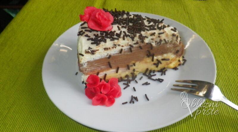 Dvobarvna čokoladna torta brez peke