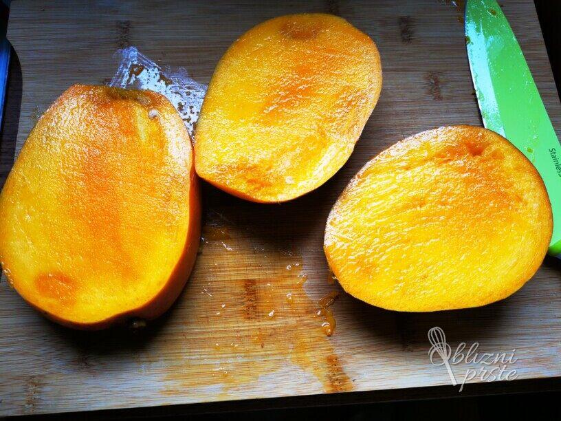 Tropska sladica - Mango s kokosom