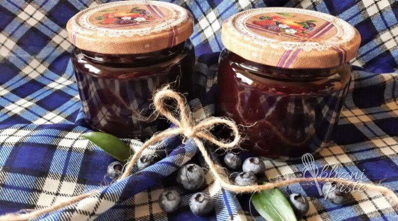 Borovničeva marmelada z aronijo