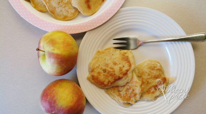 Mini jabolčne palačinke