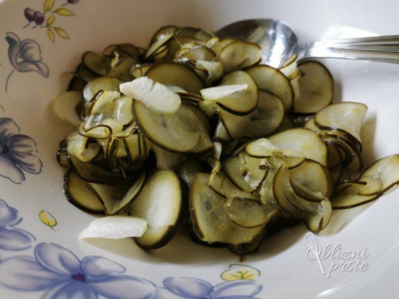 Za solato vložene kumare